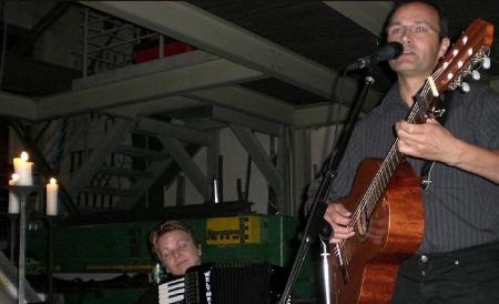soldaten mit gitarre